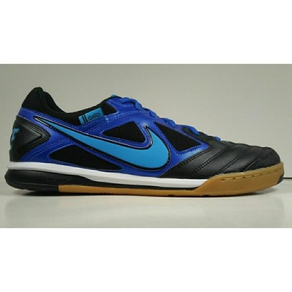 6a6027a55 2011 Nike5 Gato Men s Indoor Soccer Shoes